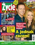 Malgorzata Rozenek, Radoslaw Majdan on the cover of Zycie Na Goraco (Poland) - January 2014