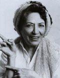 María Elena Flores