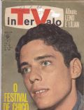 Chico Buarque de Hollanda on the cover of Intervalo (Brazil) - July 1967
