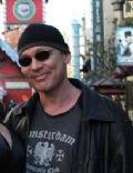 Doug Hutchison