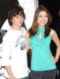 Shelby Young and Charlie McDermott