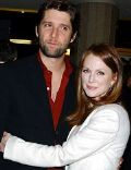 Bart Freundlich and Julianne Moore