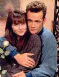 Luke Perry and Shannen Doherty