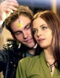 Jaime King and Sean William Scott