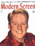 Van Johnson on the cover of Modern Screen (United States) - May 1945
