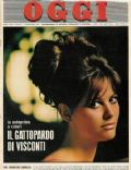 Claudia Cardinale on the cover of Oggi (Italy) - November 1962