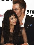 Chris Pine and Sofia Boutella
