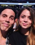 Steve-O and Lux Wright (I)