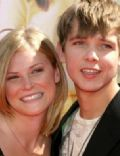 Maximillian Thieriot and Lexi Murphy