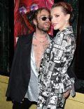 Bella Thorne and Derek Smith