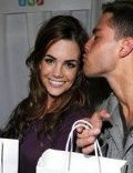 Jillian Murray and Dean Geyer