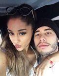 Ricky Álvarez and Ariana Grande