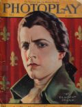 Ramon Novarro on the cover of Photoplay (United States) - May 1924