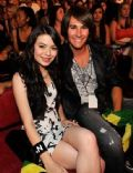 Miranda Cosgrove and James Maslow
