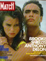 Paris Match Magazine [France] (28 March 1985)
