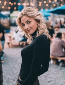 Nicole Banner