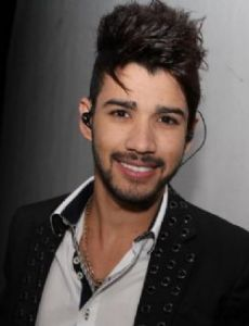 gusttavo lima dating 15 steamy pics of women neymar scored our attention to a neymar fling dating back to the father that honor goes to brazilian singer gusttavo lima.