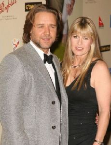 Terri Irwin and Russell Crowe