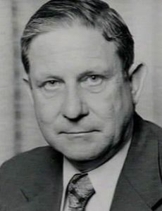 Ken Booth (politician)