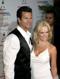 Lorenzo Lamas Files for Divorce from 5th Wife Shawna Craig | cybertime.ru