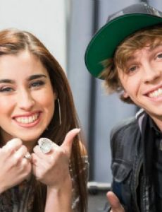 Keaton stromberg dating acacia
