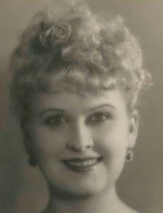 Vivien Oakland