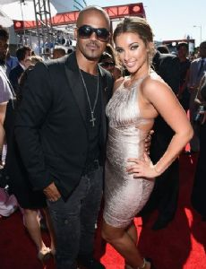 Shemar moore who is he dating