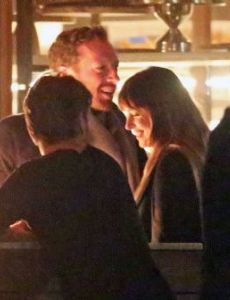 Dakota Johnson und Chris Martin