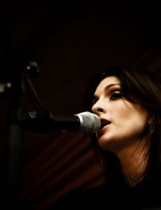 Louise Carver (South African singer)
