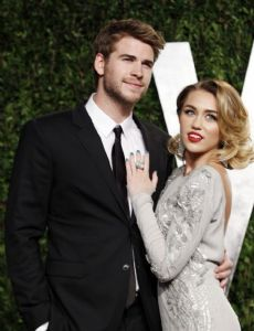 Miley cyrus dating history in Perth