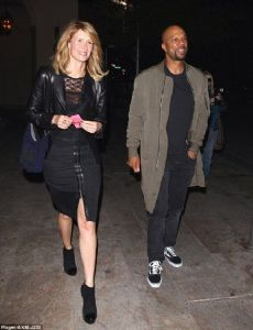 Is common the rapper married