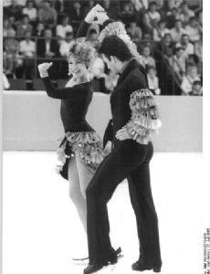 Robert McCall (figure skater)