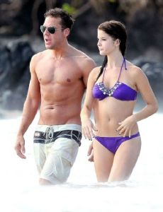 Dane Cook and Amanda Cerny