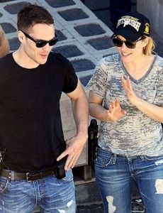 Rachel McAdams and Taylor Kitsch