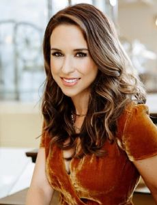 Dating Who'S Lacey Chabert