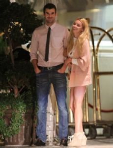 keeley hazell dating