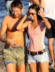 Gerard Butler and Beatriz Coelho