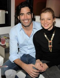 Amy smart dating history