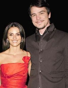 Penelope Cruz and Josh Hartnett