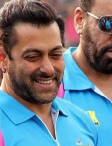 Salman Khan (cricketer)