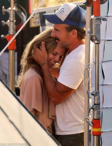 AnnaLynne McCord and Dominic Purcell