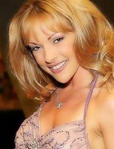 Shayla LaVeaux