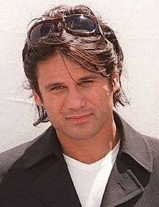Jon Stevens (singer)