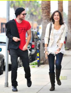 Dating Camilla Robert Belle Is Pattinson