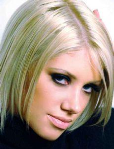 Lauren Reeves