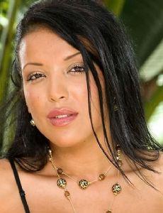 Maya Gates naked