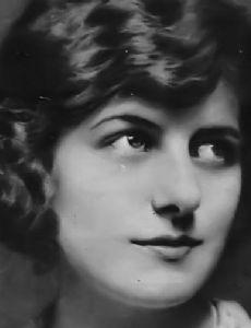 Alice Calhoun