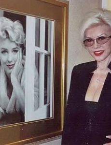 Jeanne Carmen and Marilyn Monroe