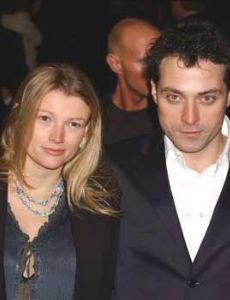 Amy Gardner and Rufus Sewell