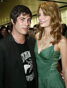 Brandon Davis and Mischa Barton